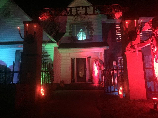 House decorated with Halloween lights