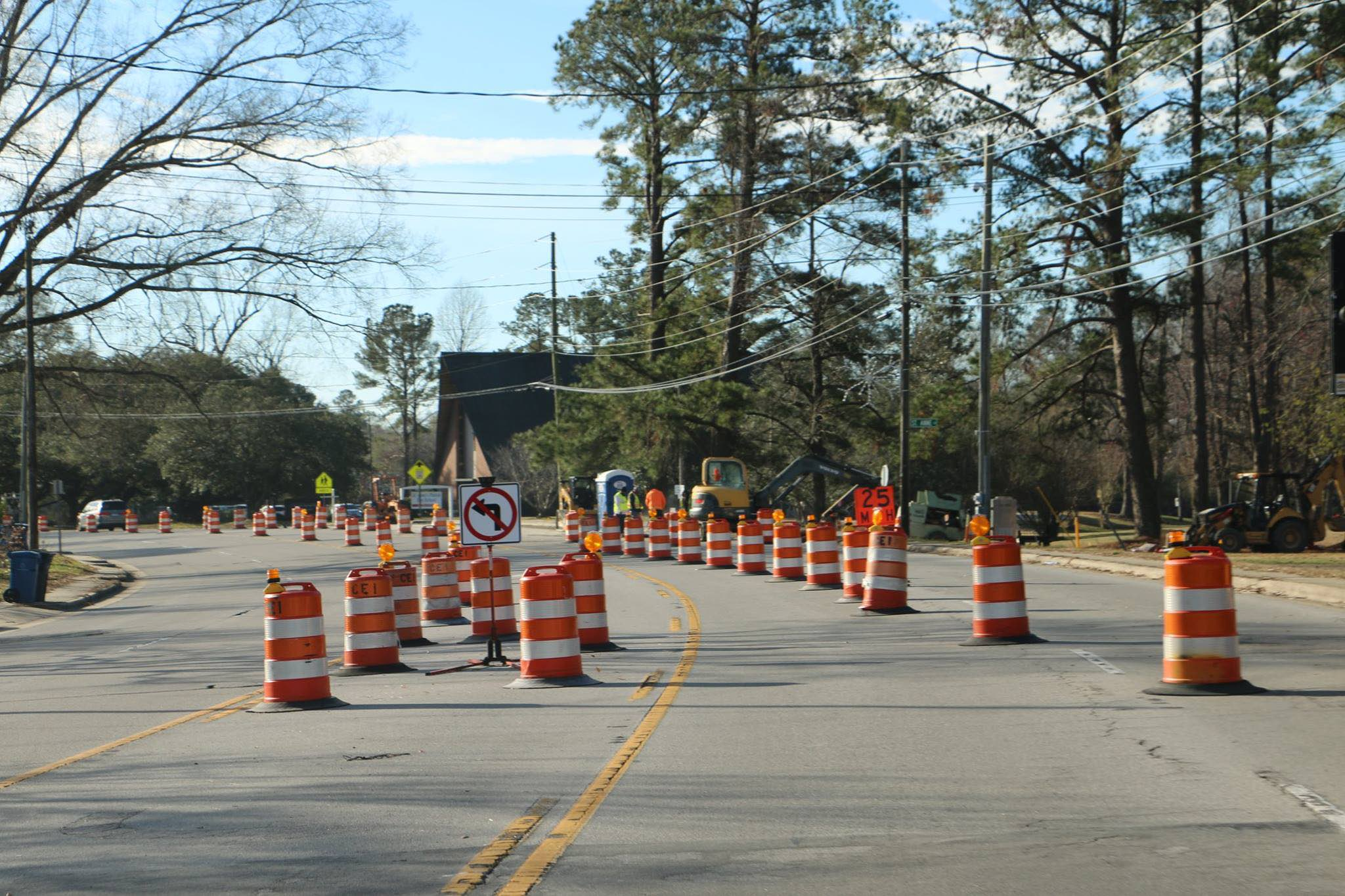Henderson Drive traffic pattern